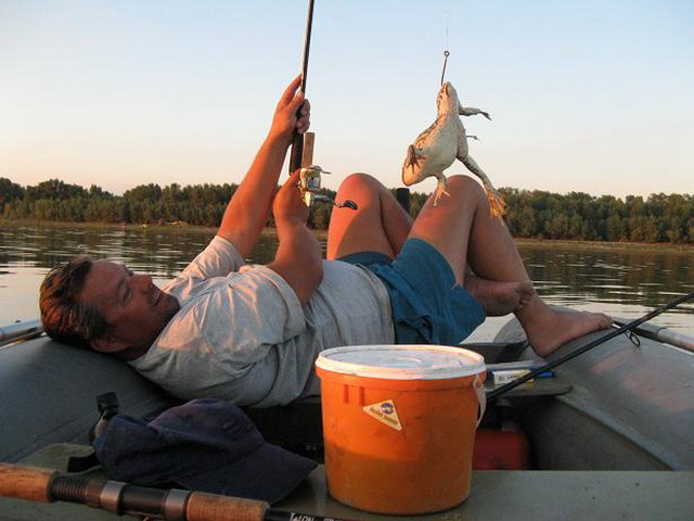 астрахань как рыбалка дикарем